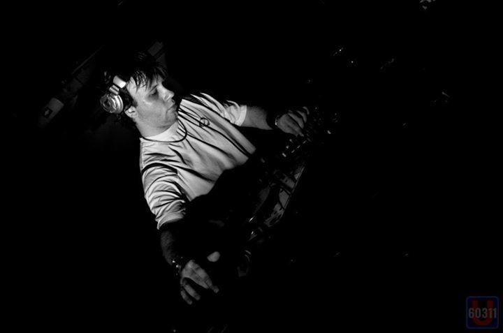 Plattenleger X-Tray (OFFICIAL) Tour Dates