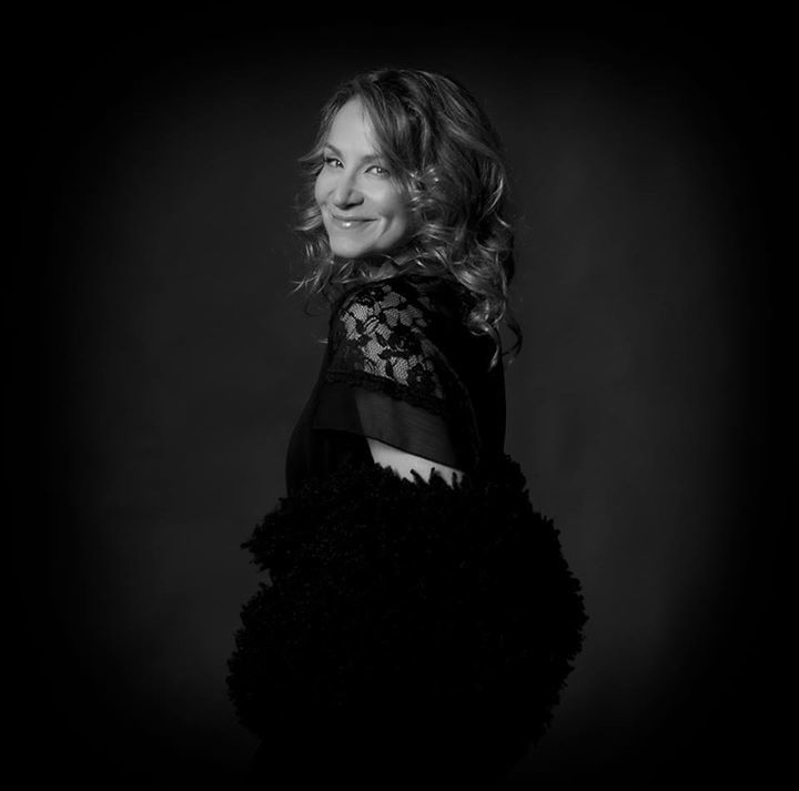 Joan Osborne @ Cascade Theatre (Joan Osborne Sings the Songs of Bob Dylan) - Redding, CA