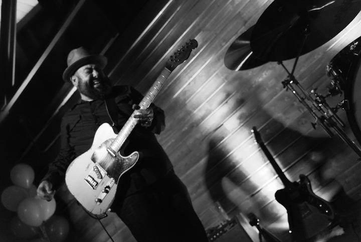 Jr. De Ville Blues Band Tour Dates