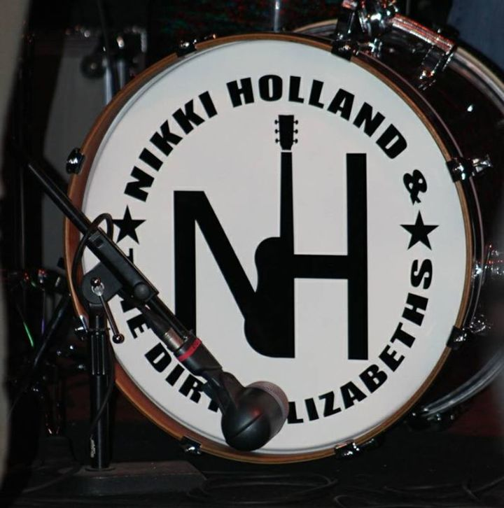 Nikki Holland Music Tour Dates