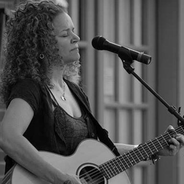 Lara Herscovitch @ Stone Church Coffeehouse - Bristol, RI
