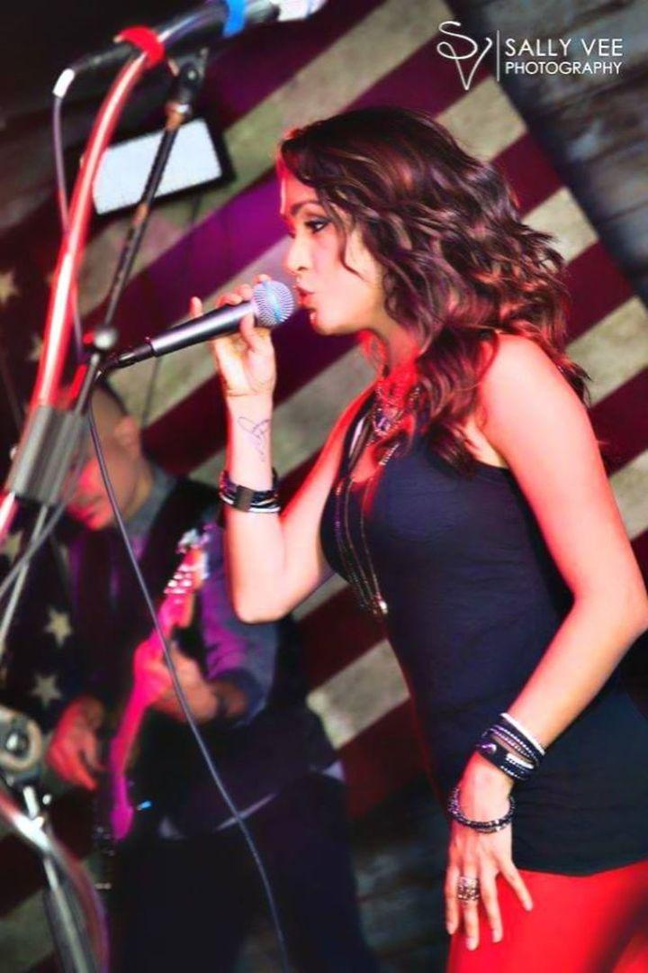 Sarah Reyes Tour Dates