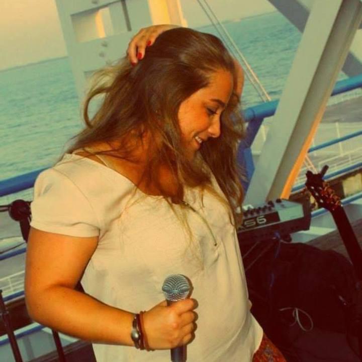 Daniela Mendes Tour Dates