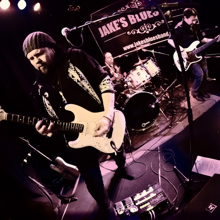 Jake`s Blues Band @ Wanhapankki , Root`s Club , Jake`s Blues Band feat.Hasse Walli - Hämeenlinna, Finland