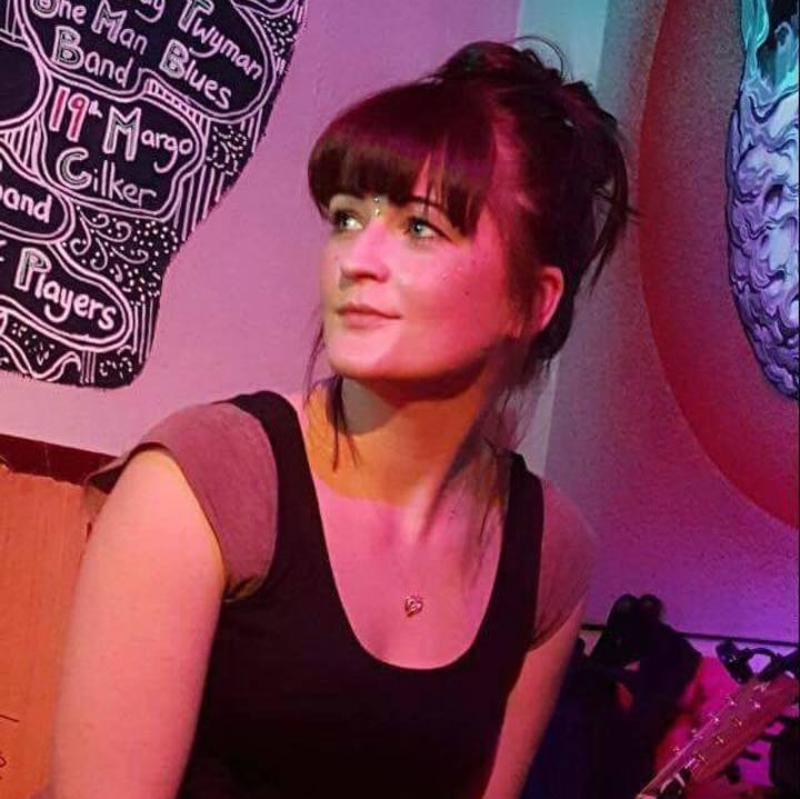 Minnie Birch @ Victoria - Hitchin, United Kingdom