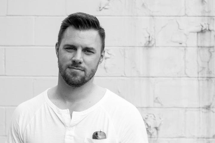 Jake Potter @ Growler Grlz - Durham, NC