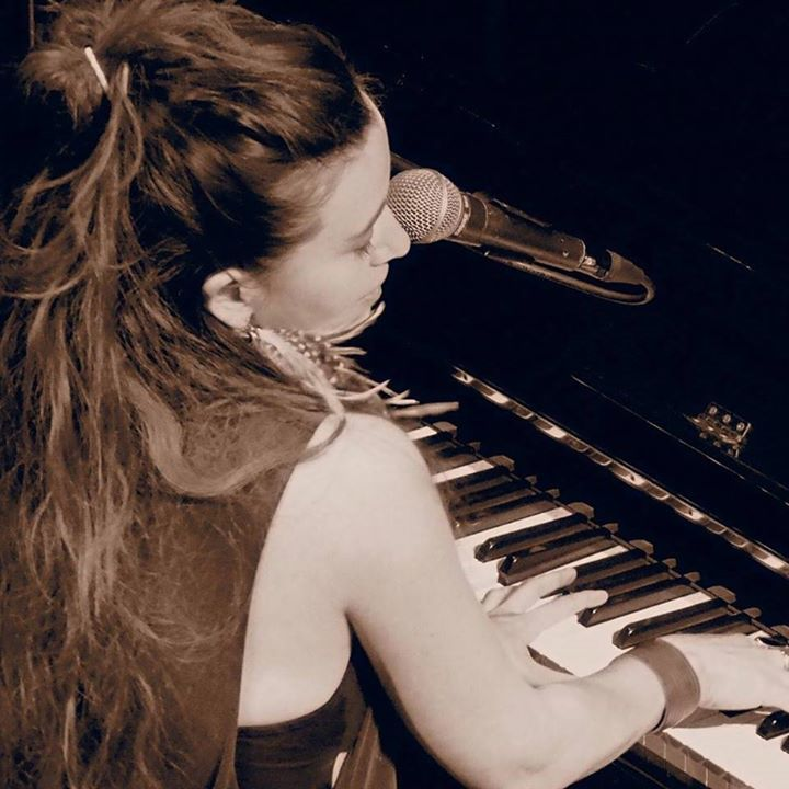 Linah Rocio @ Green Note  - London, United Kingdom