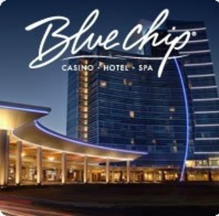 Blue chip casino band casino themed birthday cake