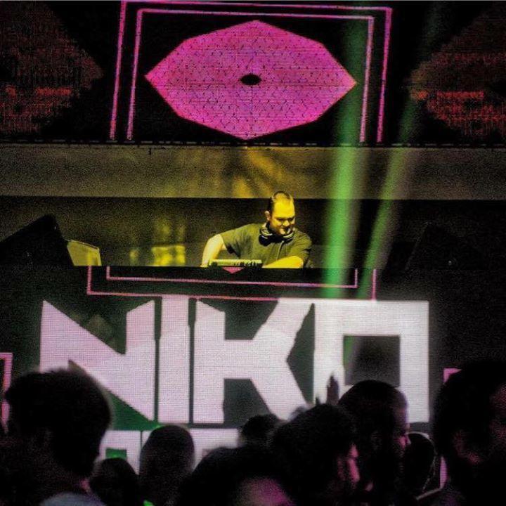 Niko Zografos Tour Dates