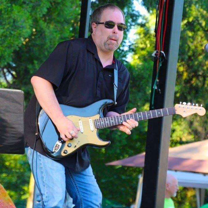Dave Day - Guitarist Tour Dates