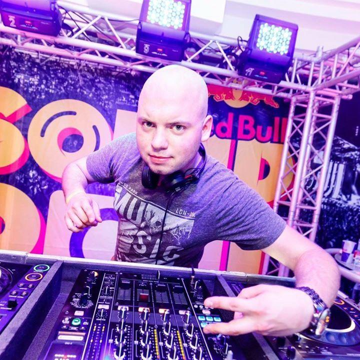 DJ MikeHouser Tour Dates