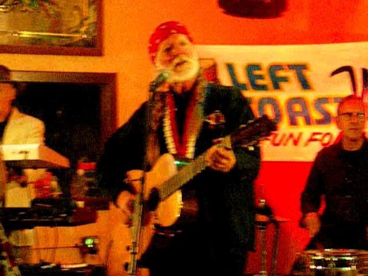 LeftCoast Willie & Friends @ Castle Creek CC's Gopher Hole Bar & Grill - Escondido, CA