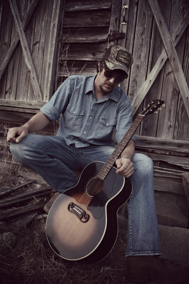 Jonathan Parker @ The County Line Bar And Grill (acoustic) - Ayden, NC