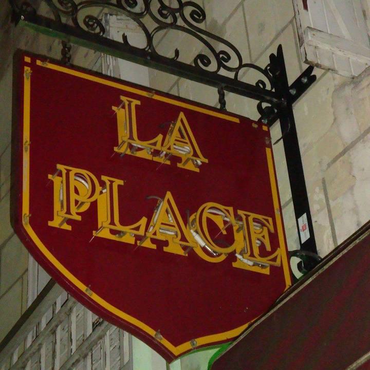 Alex de Vree @ Musico Bar La Place - Chinon, France