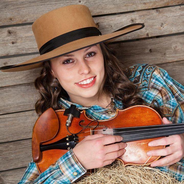 Hailey Sandoz @ Fort Hunter Centennial Barn - Harrisburg, PA