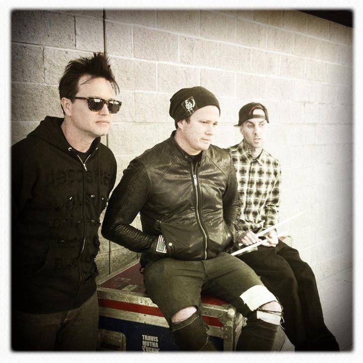 Blink 182 fans de monterrey Tour Dates