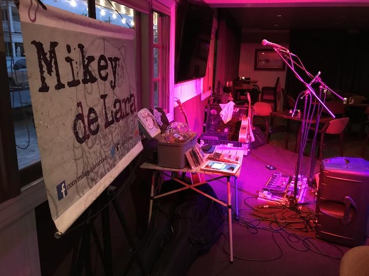 Mikey de Lara @ The Village Inn  - Newport Beach, CA