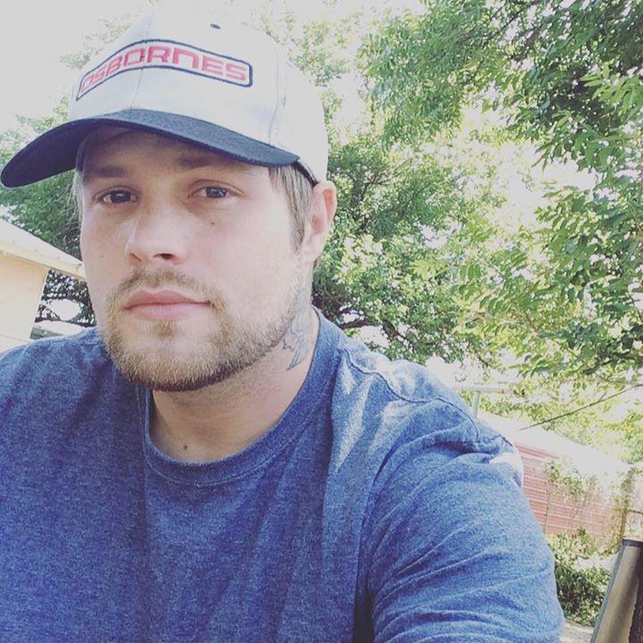 Cheyenne Pitts Music @ LSA Burger  - Denton, TX