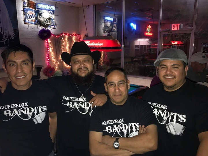 SqueezeBox Bandits @ Stockyards Station - Fort Worth, TX