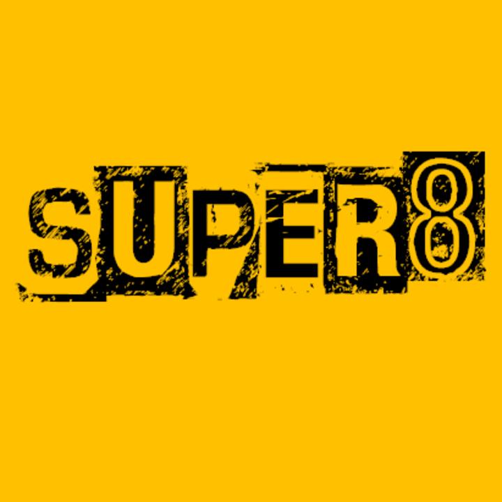 Super 8 @ VIENS CHERCHER BONHEUR ! - Meigné-Le-Vicomte, France