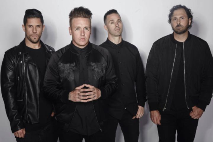 Papa Roach @ Festival VIVO X El ROCK - Lima, Peru