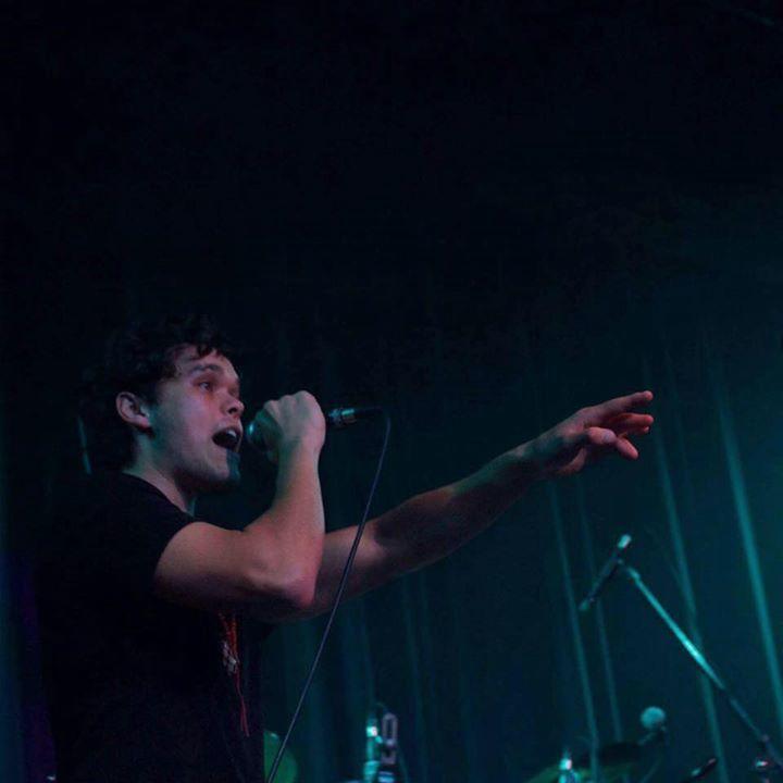 Los Phoenix Tour Dates