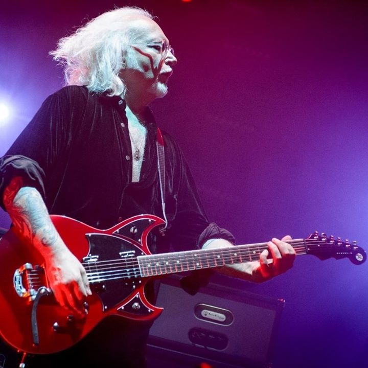 Reeves Gabrels @ Narrows Center for the Arts - Fall River, MA