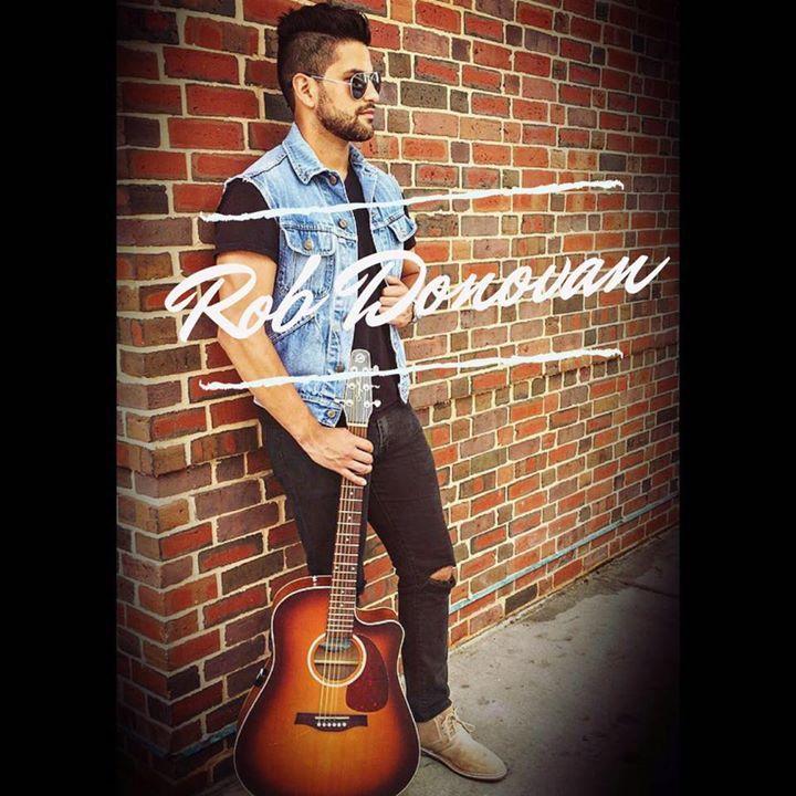Rob Donovan @ Acoustic Café - Eau Claire, WI