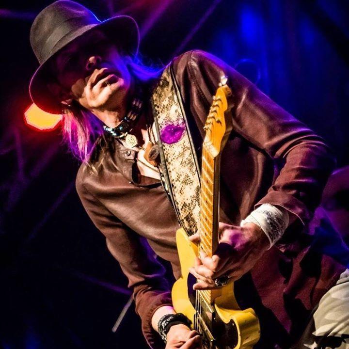 Carl Wyatt @ Hall Blues Club - Pélussin, France