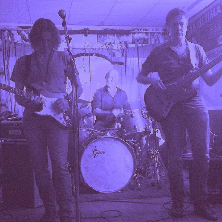 The HI Players Blues Band @ Moonshine Cafe - Oakville, Canada