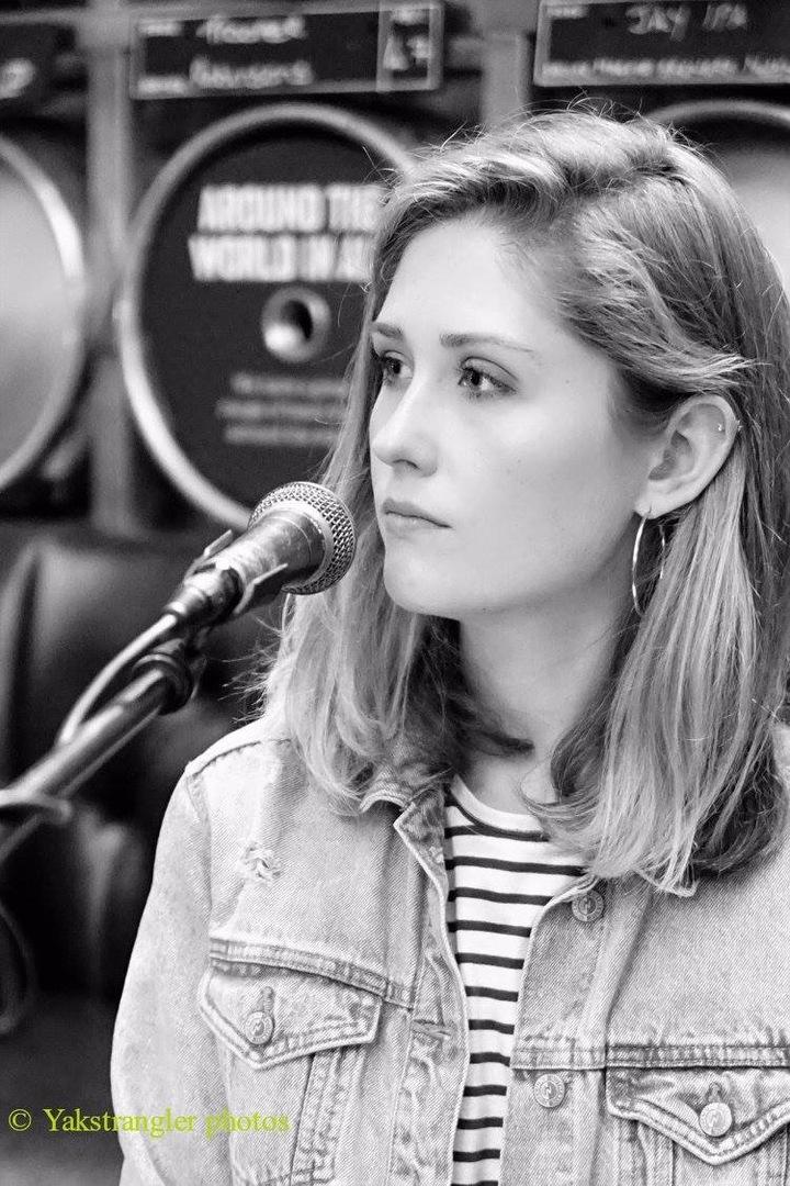 Emily White (UK) @ Nourish - Belper, United Kingdom