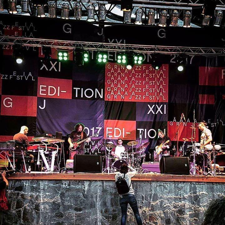 Vasil Hadžimanov Band Tour Dates