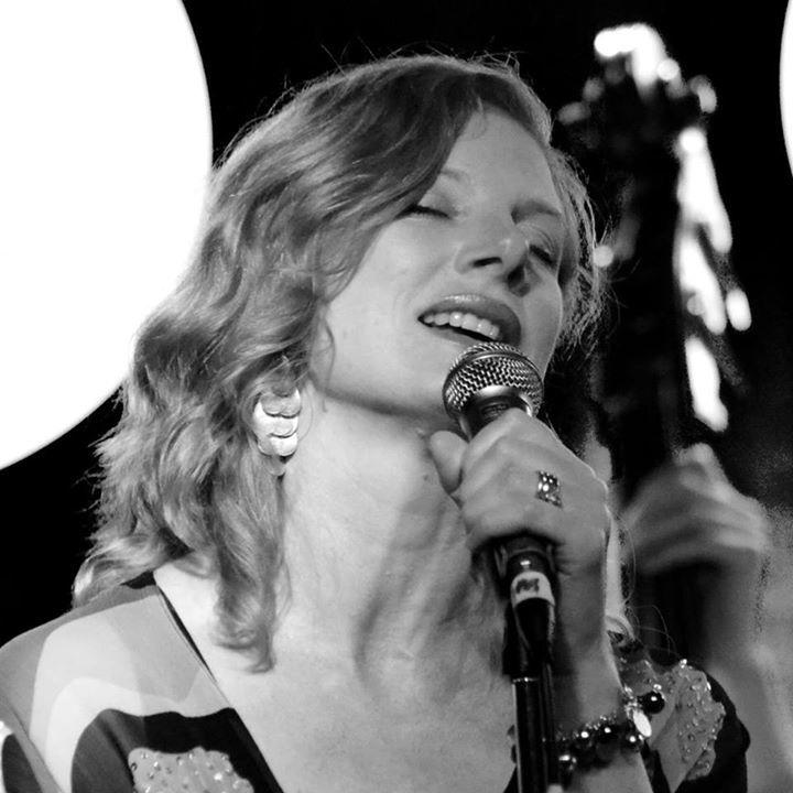 Trish Delaney-Brown Music @ Lazybones Lounge - Marrickville, Australia