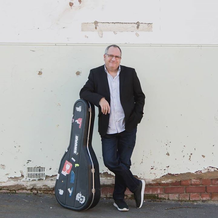 Pete Titchener @ Maldon Folk Festival - Maldon, Australia