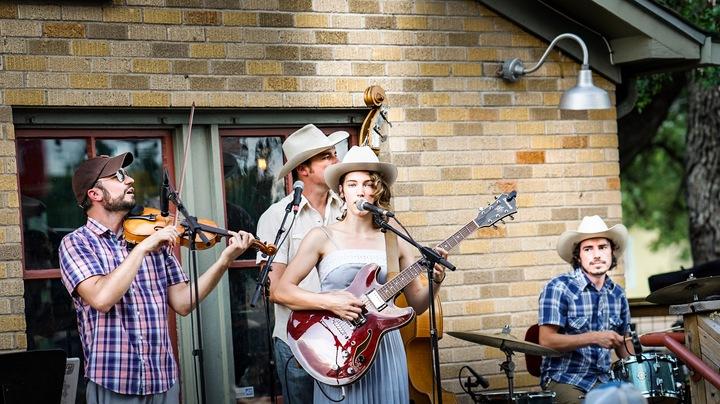 Georgia Parker @ Riley's Tavern - New Braunfels, TX