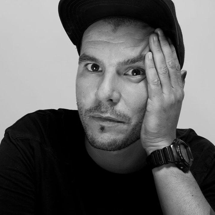 Victor Santana @ Mondo Disko: EPM Showcase: Floorplan / Oliver Way / Víctor Santana at Mondo - Madrid, Spain