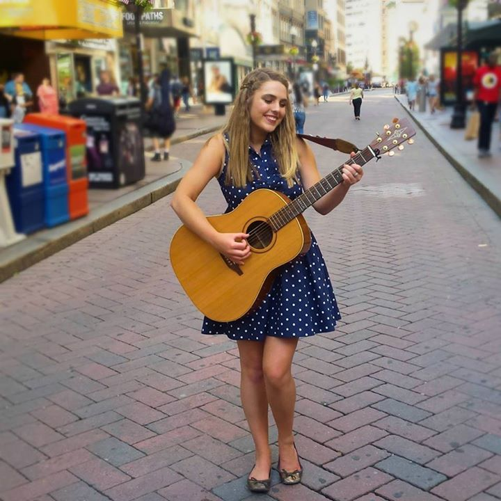 Savannah Smith @ Java Madness - Wakefield, RI