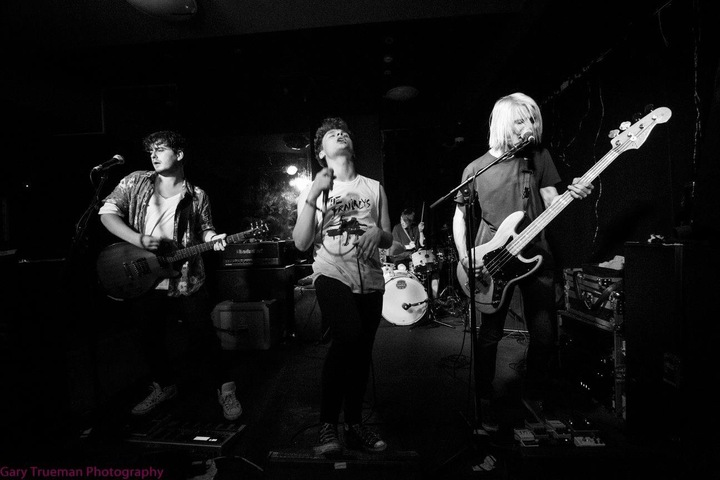 Freakouts @ The Star Inn - Guildford, United Kingdom
