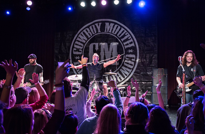 Cowboy Mouth @ Crossroads Kc - Kansas City, MO