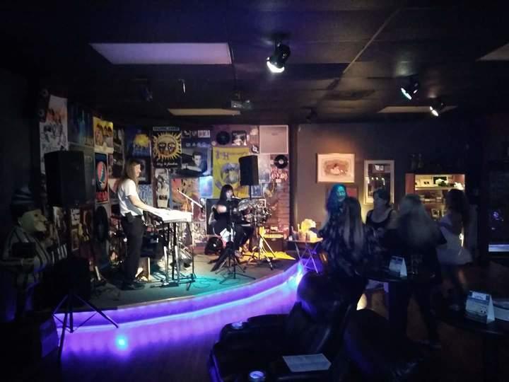 GypsyElise and the Royal Blues @ Ash Taproom Cigar Bar  - Orlando, FL
