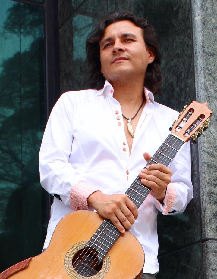 Gustavo Niño @ CONCIERTO DE GUITARRA - Auditorio Suramericana - Medellin, Colombia