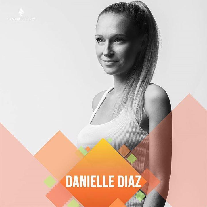 Danielle Diaz @ Cafe Country - Hamminkeln, Germany