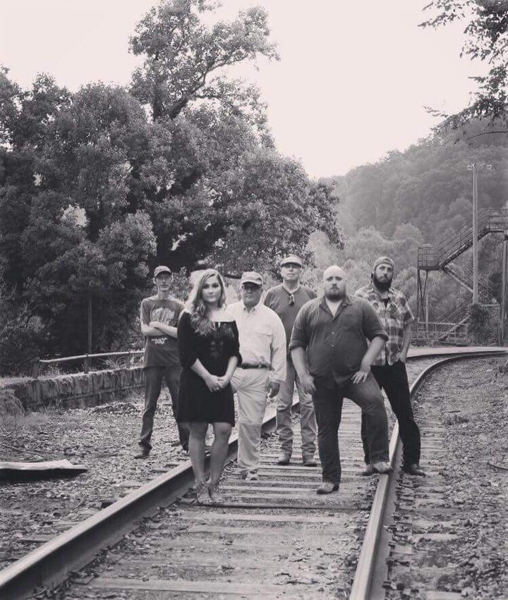 Kudzu Killers @ Jimmy's Place Boat Dock And Marina - Tazewell, TN