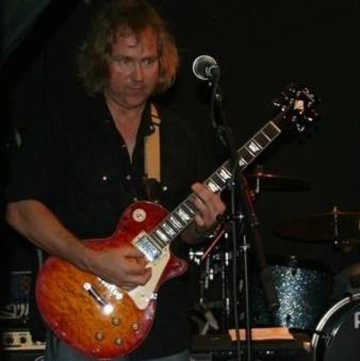 Jim Nichols solo performer LIVE Tour Dates