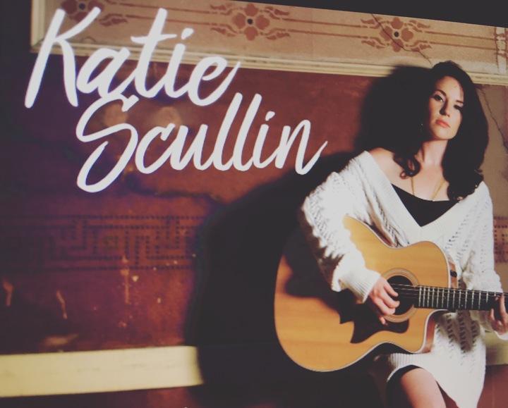 Katie Scullin @ Magic Mansion Concert On The Porch - Oconomowoc, WI