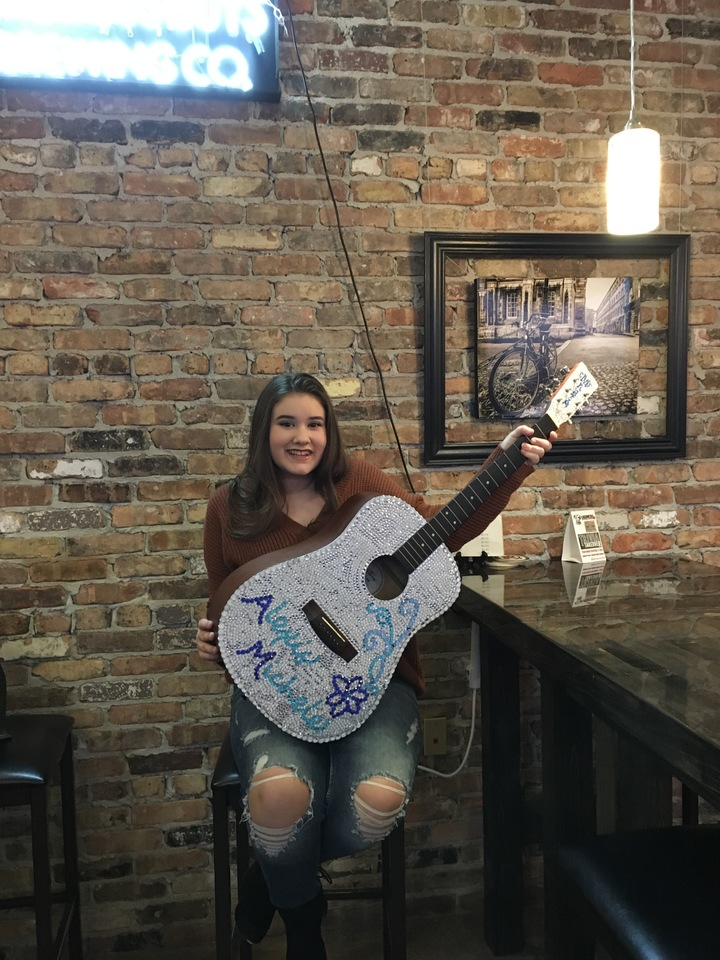 Alexis Michele @ Rusty Gold Brewery - Canonsburg, PA