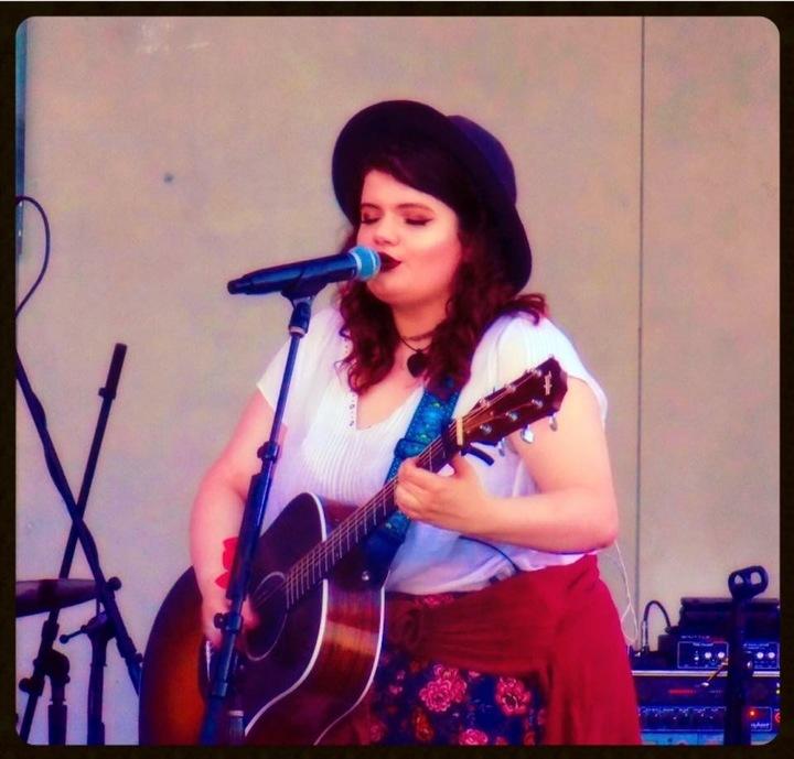 Julia Lambert Music @ Verde Kitchen & Cocktails - Bay Shore, NY