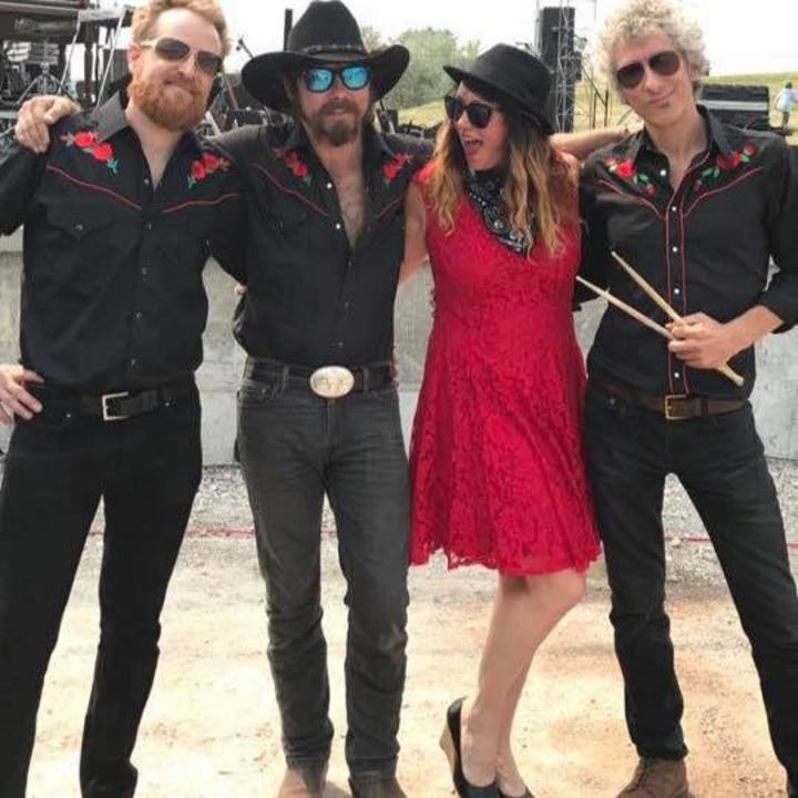 Andrea Harsell & Luna Roja Tour Dates