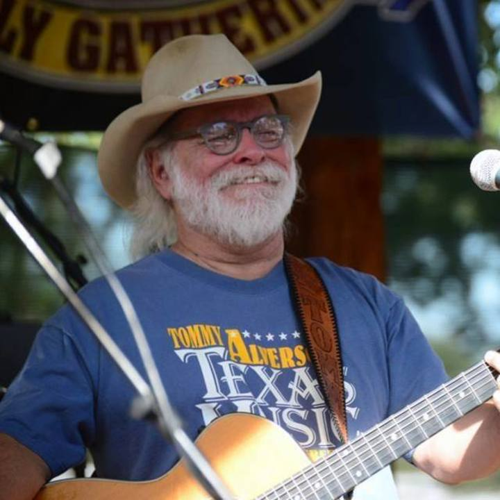 Tommy Alverson @ Ryhmes and Vines - Stephenville, TX