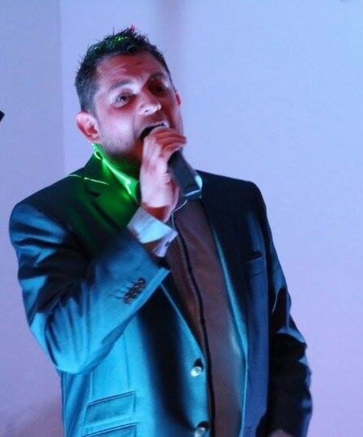 Martin Thomas - Vocalist @ Louth Conservative Club - Louth, United Kingdom